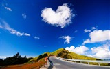 Title:heart cloud-Natural landscape wallpaper Views:5838
