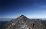 Title:mountain peak-Mountain scenery wallpaper Views:4924