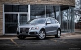 Title:Audi Q5 with chrome wheels-luxury cars wallpaper Views:8845