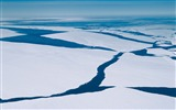 Title:Floating Ice-Mac OS Wallpaper Views:9654