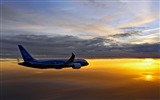 Title:boeing 787 aerial-airplane Wallpapers Views:13030