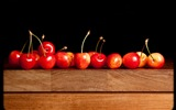 Title:Red cherries-Ubuntu 10-04 LTS official beautiful Desktop Wallpapers Views:3618