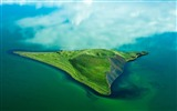 Title:pseudocrater isle-Landscape with beat wallpaper Views:3859