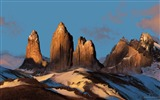 Title:Majestic peaks-beautiful natural landscape Wallpaper Views:4362