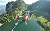 Title:jump flight height extreme fear danger-Sports theme wallpapers Views:8247