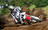 Title:race motorcycle rotation guy-Sports theme wallpapers Views:2755