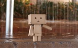 Title:rain pavement cloudy-Danboard boxes robot photo HD Wallpaper Views:6267
