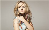 Title:Bridgit Claire Mendler beauty girl HD desktop wallpaper Views:9534