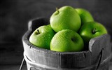 Title:apples fruit green bucket-food drinks HD wallpaper Views:3777