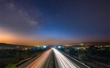 Title:starry sky night road traffic-City travel photography wallpaper Views:7207