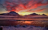 Title:Beautiful Alaska natural scenery desktop wallpaper 02 Views:5679
