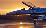 Title:aircraft sunrise-Military Widescreen Wallpaper Views:3669