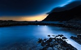 Title:deep blue night-landscape HD Wallpaper Views:4092