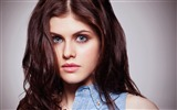 Title:Alexandra Daddario-beautiful girl photo HD wallpaper Views:13055