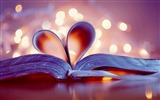 Title:bokeh bookmark heart-Romantic HD Wallpaper Views:14395