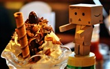 Title:Cute Danbo Photography Wallpaper Views:12151