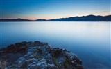 Title:calm lake evening-Landscape HD Wallpaper Views:3054