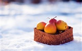 Title:fruit basket winter snow-HIGH Quality Wallpaper Views:1996