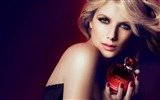 Title:Melanie Laurent beauty girl photo wallpaper Views:10535