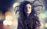 Title:hair face wind-photo wallpaper Views:2682