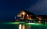 Title:maldives tropical night-Scenery HD Wallpaper Views:2414