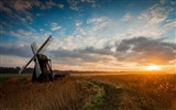 Title:old windmill-Scenery HD Wallpaper Views:2758
