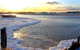 Title:frozen lake-Landscape HD Wallpaper Views:2010