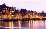 Title:Amsterdam canal-Windows Theme Wallpaper Views:2922