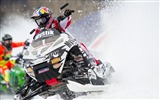 Title:Cool Snowmobiling-High quality wallpaper Views:2320