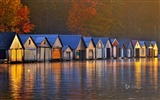 Title:Huts beside the lake-Bing theme wallpaper Views:2248