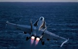 Title:18c hornet launches-military HD Wallpaper Views:3028