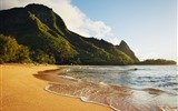 Title:Haena Beach Hawaii-HD Desktop Wallpaper Views:1926