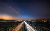 Title:Interstate Night Highway-Photos HD Wallpaper Views:2451