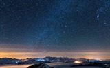 Title:Night Sky With Stars-Landscapes HD Wallpaper Views:2911
