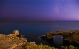Title:calm sea the milky way-Landscapes HD Wallpaper Views:2522
