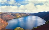 Title:crater lake-HD Desktop Wallpaper Views:2346