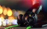 Title:razer adaro headphones-HD Widescreen Wallpaper Views:4500
