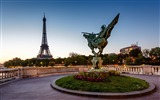 Title:reborn statue france-photography HD wallpaper Views:1904