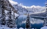 Title:Moraine Lake In Winter-Nature HD Wallpaper Views:890