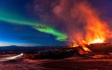Title:Aurora over the volcano-Photography Wallpaper Views:1318