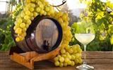 Title:wine barrel grapes-fruit food wallpaper Views:1274