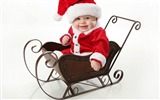 Title:Cute little santa-2016 Christmas Wallpaper Views:1355