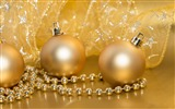 Title:Golden decorations-Merry Christmas New YearWallpaper Views:1681