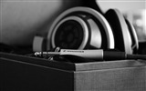 Title:Headphones wire bw-photography HD wallpaper Views:1403