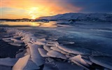 Title:Ice glacier sunsets-Nature theme wallpaper Views:1282