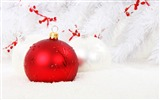 Title:Red Christmas decorations-2016 Merry Christmas Wallpaper Views:1628