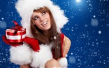 Title:Santa girl snow-2016 Christmas Wallpaper Views:1578