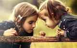 Title:Two girl watching snail-High Quality HD Wallpaper Views:1460