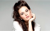 Title:Evelyn Sharma 2016-Model Photo HD Wallpapers Views:1047