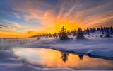 Title:hot haze cold morning norway-Perfect Scenery HD Wallpaper Views:1095